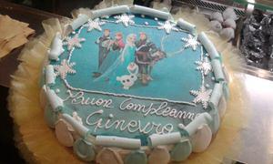torta-charlotte-meringhe-compleanno-frozen