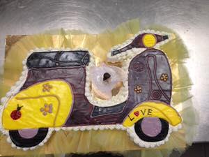 torta-charlotte-vespa-cinquanta-special